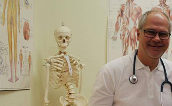 "Unterwegs mit dem Landarzt"": Michael Buff. Archivfoto: Gössl"