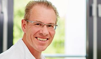 Dr. med. Peter Hien